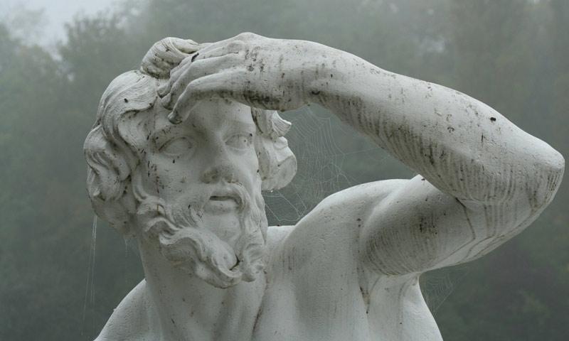 Figur des Flussgottes Donau, von Peter Anton von Verschaffelt, Schlossgarten Schwetzingen; Foto: Staatliche Schlösser und Gärten Baden-Württemberg, Ursula Wetzel