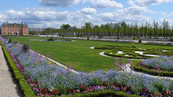 Garten Schloss Schwetzingen; Foto: Staatliche Schlösser und Gärten Baden-Württemberg; Petra Pechacek