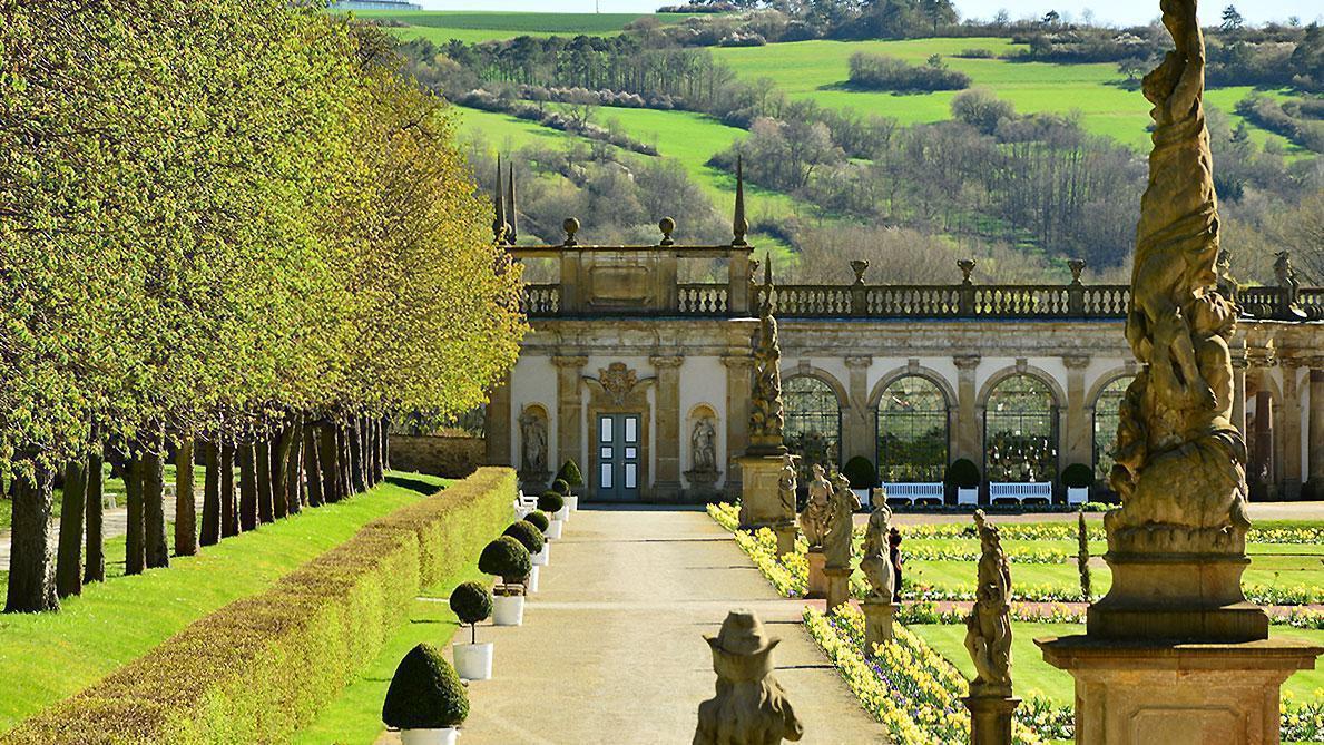 Schlossgarten Weikersheim mit Orangerie; Foto: Staatliche Schlösser und Gärten Baden-Württemberg, Ortsverwaltung Weikersheim