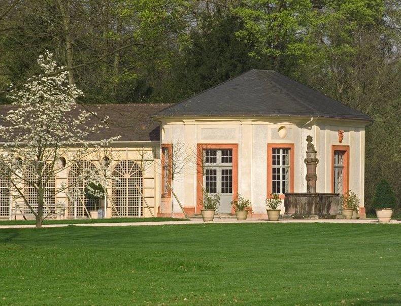 Orangerie im Schlossgarten Favorite Rastatt;  Foto: Staatliche Schlösser und Gärten Baden-Württemberg, Andrea Rachele