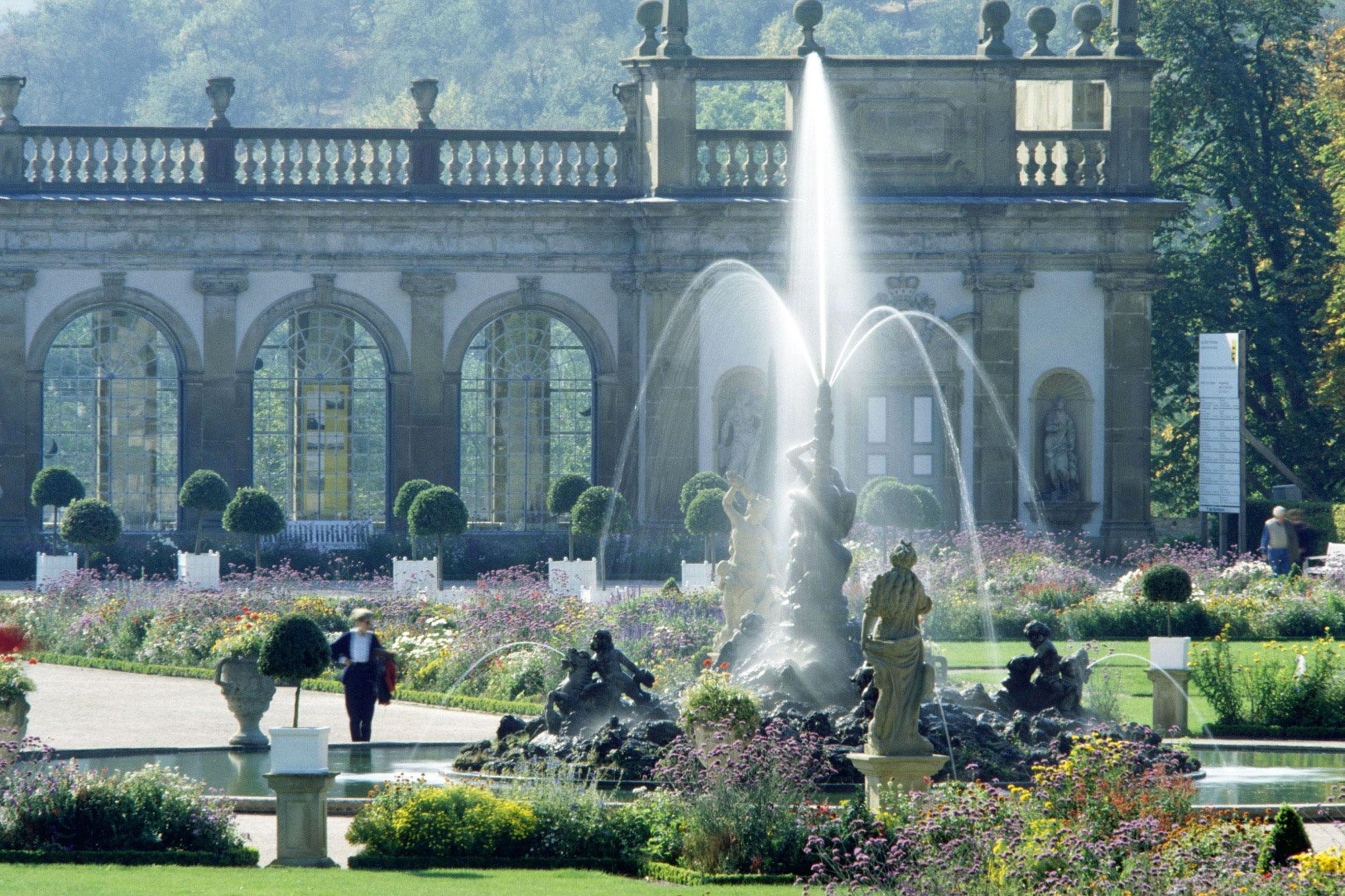 Herkulesbrunnen im Schlossgarten Weikersheim;  Foto: Staatliche Schlösser und Gärten Baden-Württemberg, Arnim Weischer