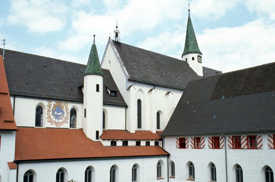 Außenansicht der Klosters Heiligkreuztal; Foto: Landesmedienzentrum Baden-Württemberg, Sven Grenzemann