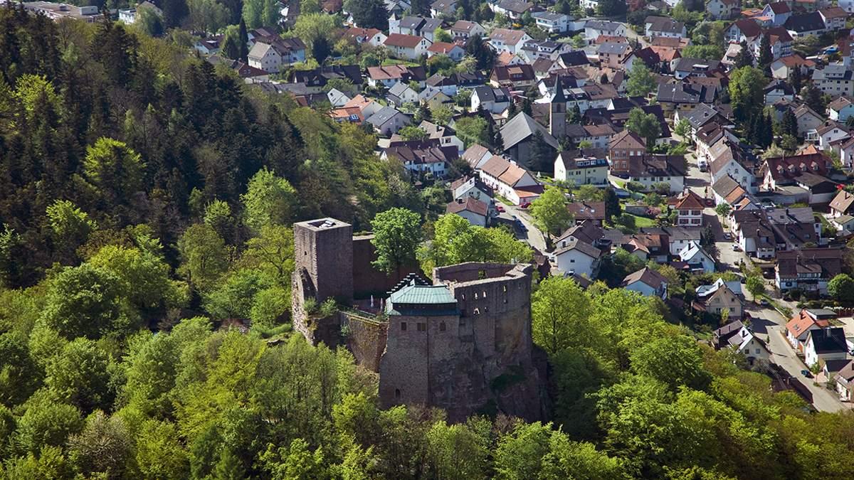 Alt-Eberstein Castle; photo: Staatliche Schlösser und Gärten Baden-Württemberg, Achim Mende
