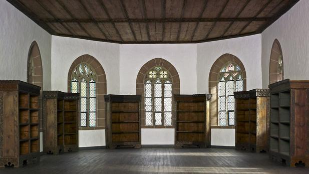 Bibliothekssaal in der Marienkapelle von Kloster Hirsau; Foto: Staatliche Schlösser und Gärten Baden-Württemberg, Arnim Weischer