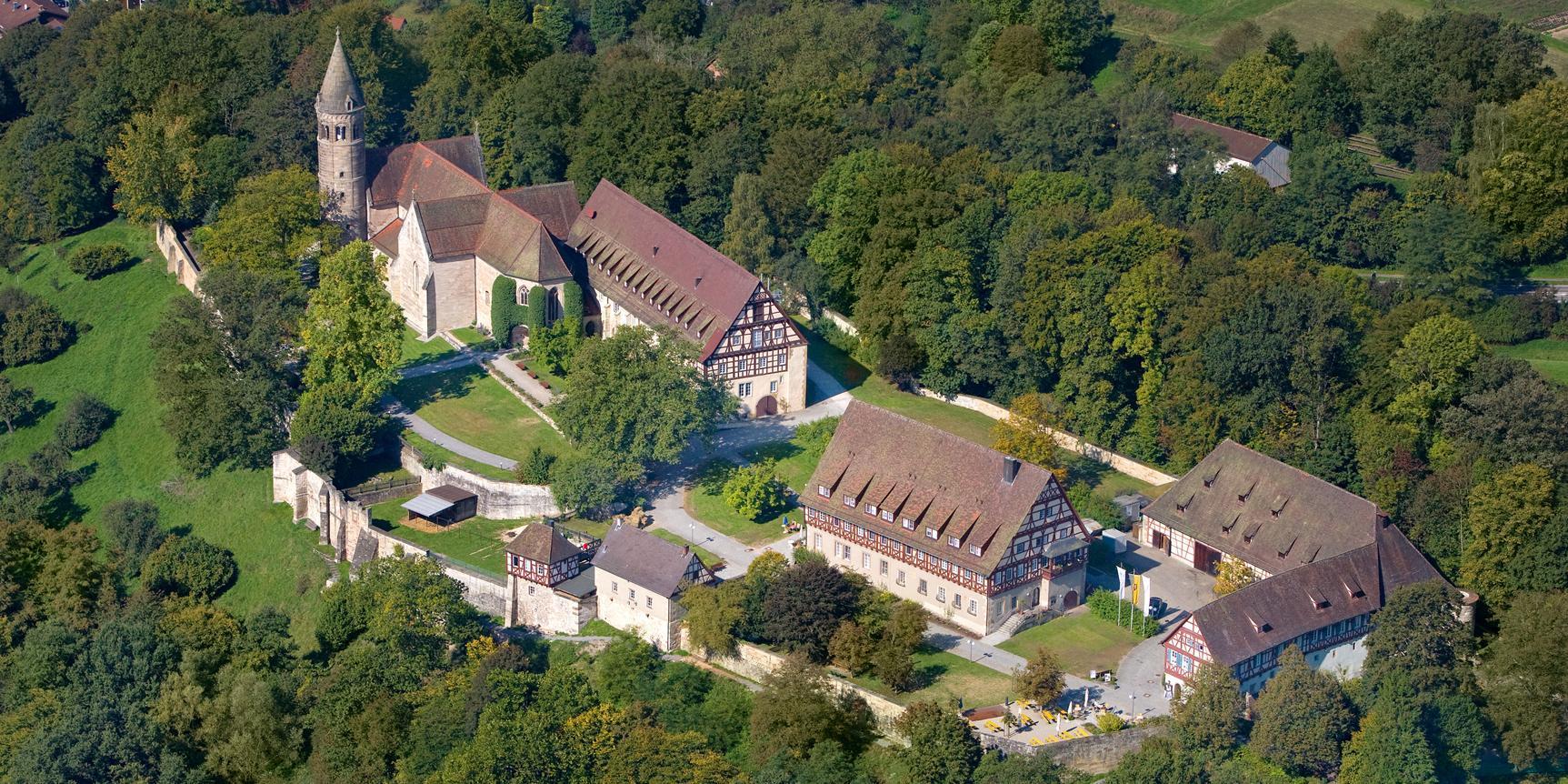 Luftaufnahme von Kloster Lorch; Foto: Staatliche Schlösser und Gärten Baden-Württemberg, Achim Mende