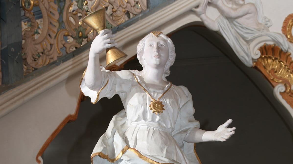 """Statue """"Sapientia"""" im Treppenhaus von Kloster Schöntal; Foto: Foto Besserer"""