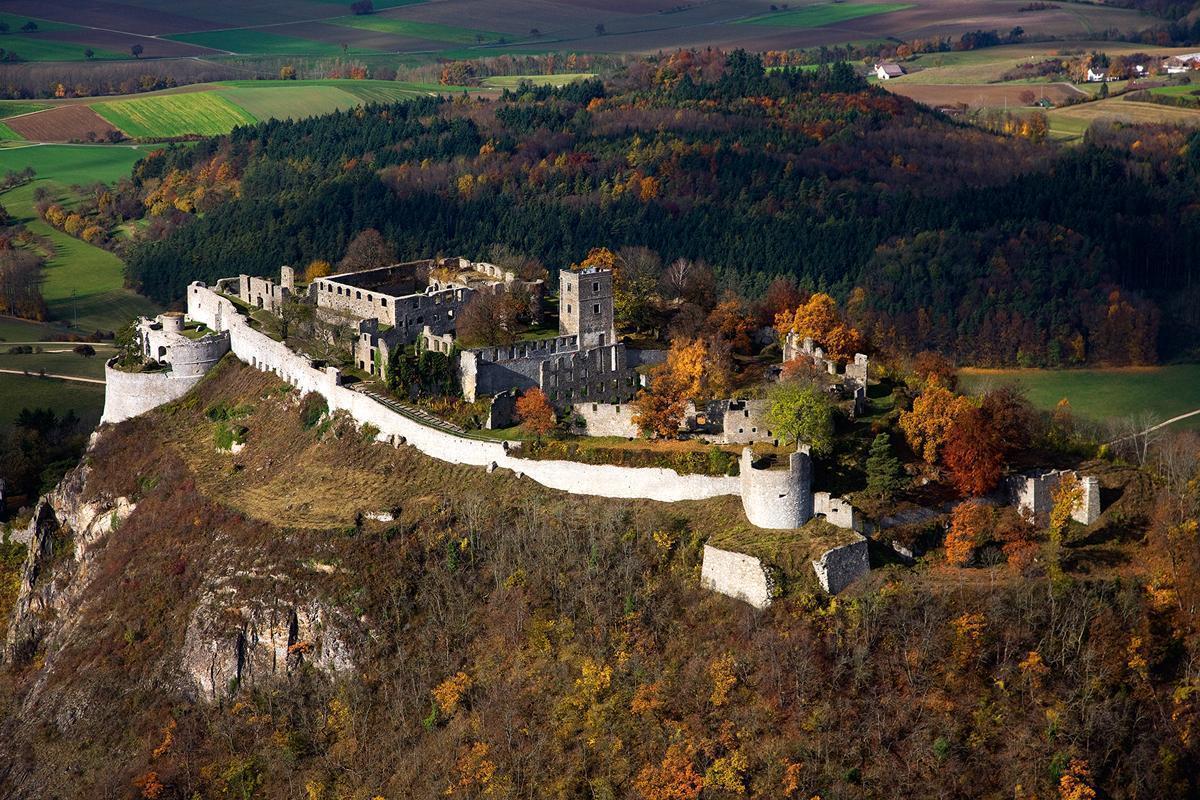 Hohentwiel, Luftbild; Foto: Staatliche Schlösser und Gärten Baden-Württemberg, Achim Mende