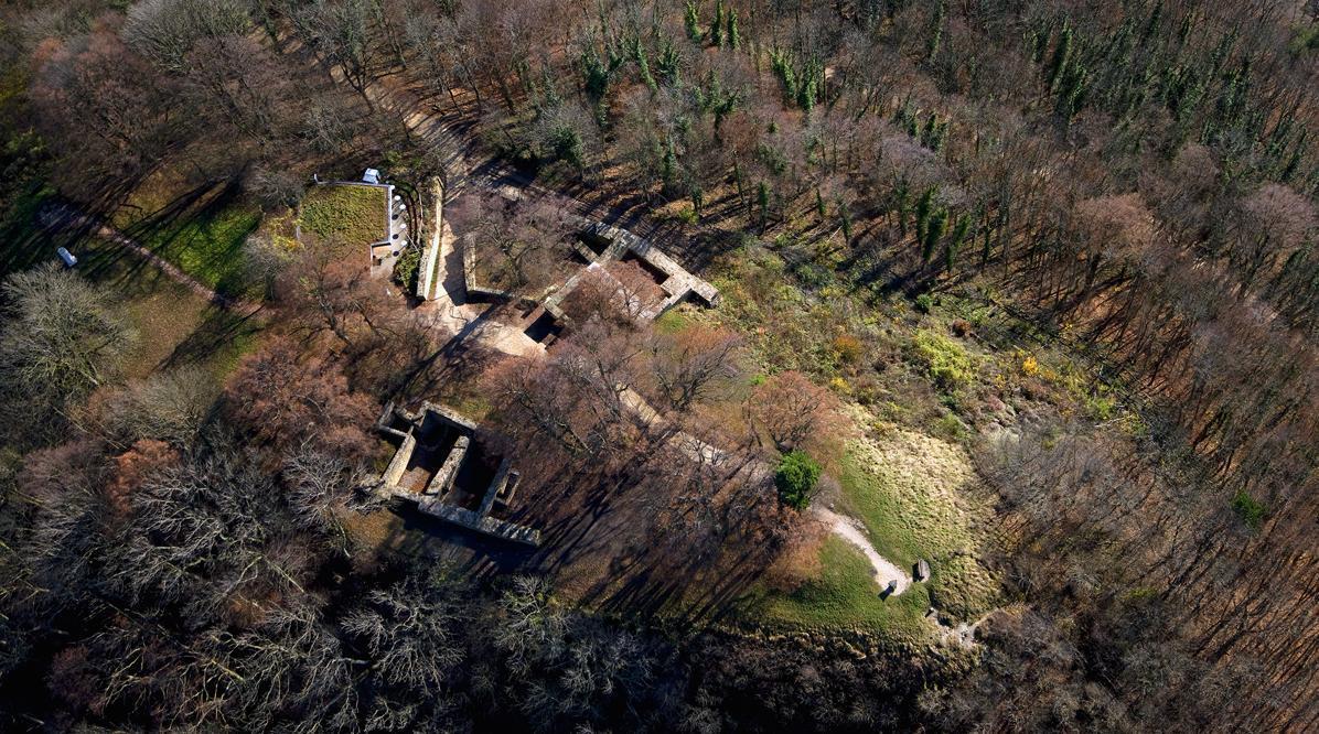 Luftaufnahme der Burgruine Hohenstaufen; Foto: Staatliche Schlösser und Gärten Baden-Württemberg, Achim Mende