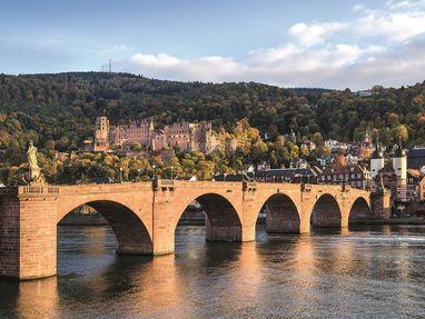 Schloss Heidelberg und der Neckar