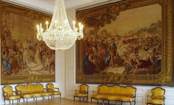 Barockschloss Mannheim, Coursaal mit Wandteppichen der Jason-Serie