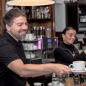 Marco Bissoli und Silvia Schreiner im Café Schlosswache; Foto: Marco Bissoli