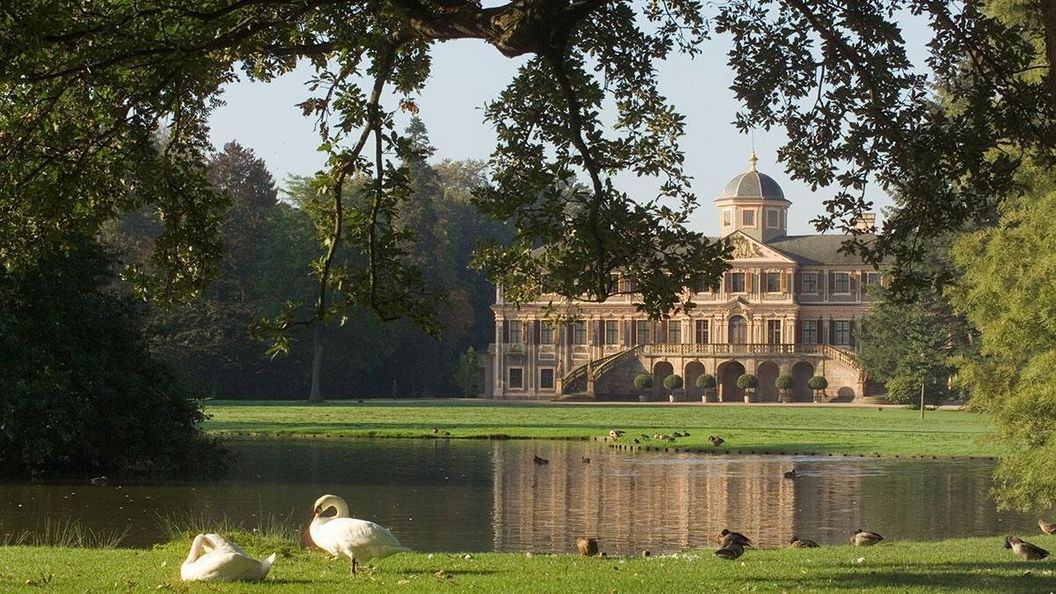 Schloss Favorite Rastatt, Außenansicht