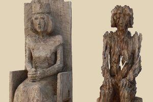 """Ausstellung in Schloss Bruchsal, Skulptur """"Gefallene Eiche"""""""