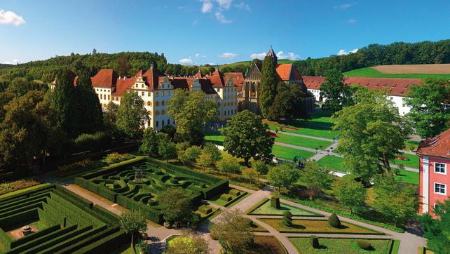 Kloster und Schloss Salem, Luftaufnahme; Foto: Staatliche Schlösser und Gärten Baden-Württemberg, Achim Mende