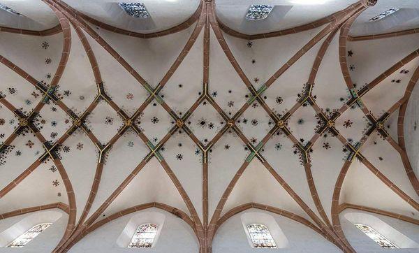 Kloster Maulbronn, Netzgewölbe an der Decke der Klosterkirche; Foto: Staatliche Schlösser und Gärten Baden-Württemberg, Julia Haseloff