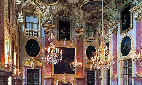 Residenzschloss Rastatt, Blick in den Ahnensaal; Foto: Staatliche Schlösser und Gärten Baden-Württemberg, Arnim Weischer