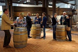 Weinverkostung Kloster Salem; Foto: Weingut Markgraf von Baden