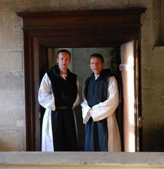 Zwei Klostermönche; Foto: Staatliche Schlösser und Gärten Baden-Württemberg, Janna Almeida