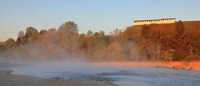 Heuneburg - Stadt Pyrene im Nebel