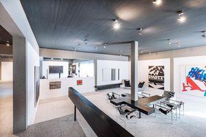 Sammlung Domnick, Innenraum mit Designmöbeln von Le Corbusier; Foto: Staatliche Schlösser und Gärten Baden-Württemberg, Günther Bayerl