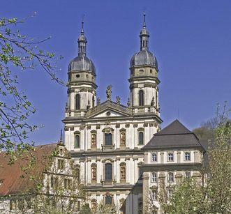Doppeltürmige Barockkirche von Kloster Schöntal; Foto: Staatliche Schlösser und Gärten Baden-Württemberg, Arnim Weischer