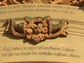 Kloster Schöntal, Knittel-Vers vor dem Eingang zur Klosterkirche Schöntal