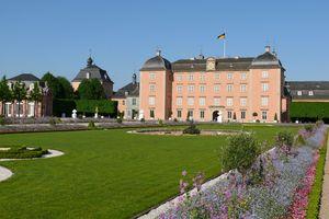 Schloss und Schlossgarten Schwetzingen; Foto: Staatliche Schlösser und Gärten Baden-Württemberg, Petra Pechacek