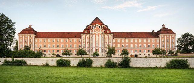 Kloster Wiblingen, Außenansicht des Ostflügels