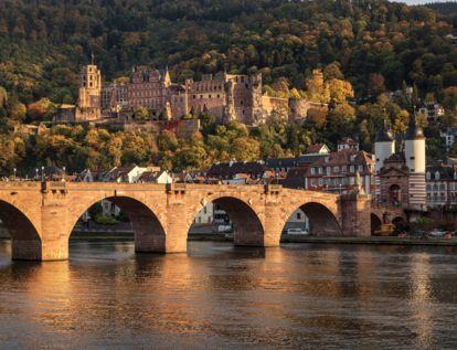Gut eine Million Menschen besuchen Schloss Heidelberg jedes Jahr