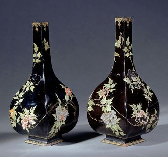 Sakeflaschen aus Schloss Favorite Rastatt, um 1711-1715