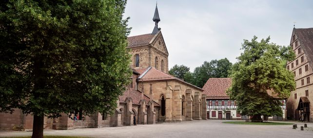 Klosterhof Maulbronn; Foto: Staatliche Schlösser und Gärten Baden-Württemberg, Günther Bayerl
