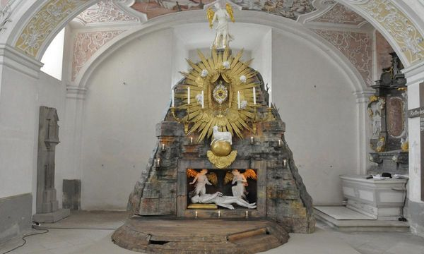 Heiliges Grab in der Klosterkirche Schöntal