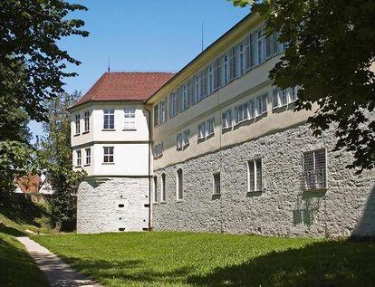 Außenansicht Schloss Kirchheim; Foto: Landesmedienzentrum Baden-Württemberg, Andrea Rachele