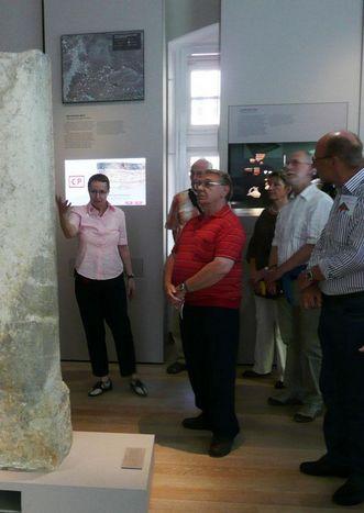 Vereinsmitglieder bei einem Besuch im Landesmuseum Württemberg; Foto: Anja Stefanidis