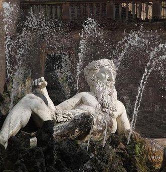 Vater Rhein, Figur im Garten von Schloss Heidelberg;  Foto: Staatliche Schlösser und Gärten Baden-Württemberg, Ursula Wetzel