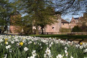 Schloss Heidelberg, Blühender Schlossgarten; Foto: Staatliche Schlösser und Gärten Baden-Württemberg, Uschi Wetzel