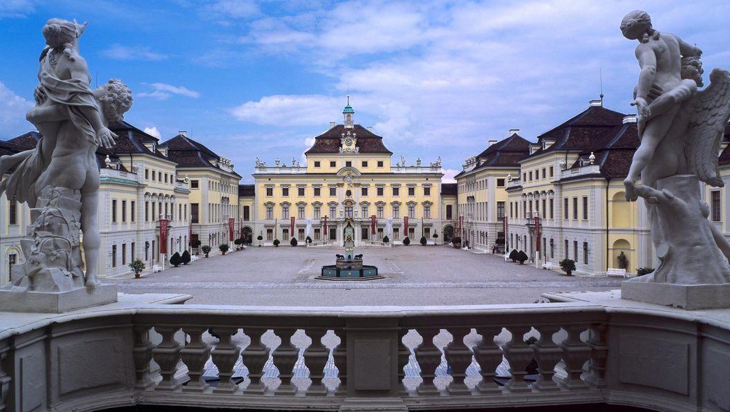 Residenzschloss Ludwigsburg, Innenhof mit Altem Hauptbau