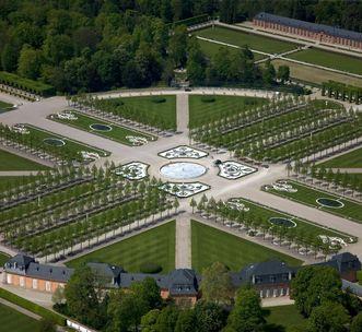 Schloss und Schlossgarten Schwetzingen, Kreisparterre;  Foto: Staatliche Schlösser und Gärten Baden-Württemberg, Achim Mende