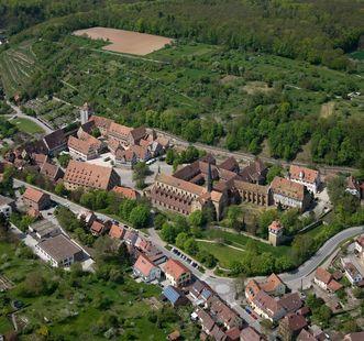 Kloster Maulbronn aus der Luft; Foto: Staatliche Schlösser und Gärten Baden-Württemberg, Achim Mende