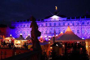 Residenzschloss Rastatt, Weihnachtsmarkt; Foto: Rainer Wollenschneider