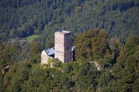 Bergfried der Yburg in Baden-Baden