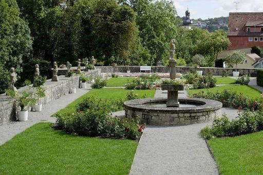 Rosengarten von Schloss Weikersheim