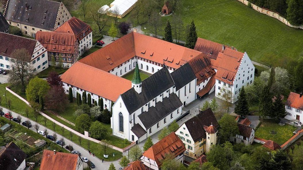 Das Kloster Heiligkreuztal, Luftansicht