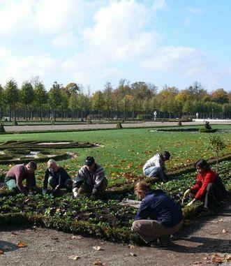 Gärtner im Schlossgarten Schwetzingen